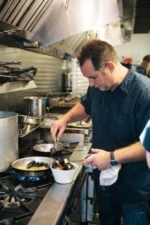 Kitchen Convos Ep. 26: Derek dos Anjos